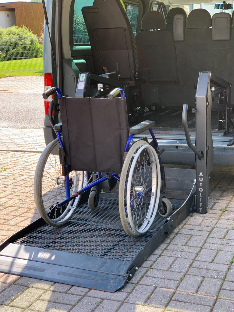 transport ratastooliga